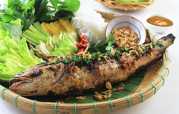 Ẩm thực Cần Thơ: Top món ngon Cần Thơ không thể cưỡng lại - Cá lóc nướng trui 2